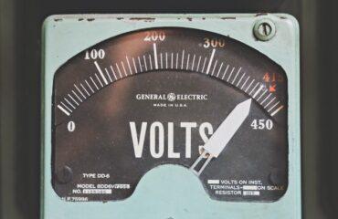 ¿Cómo medir el consumo de energía de tu PC? - ServiciosRawr